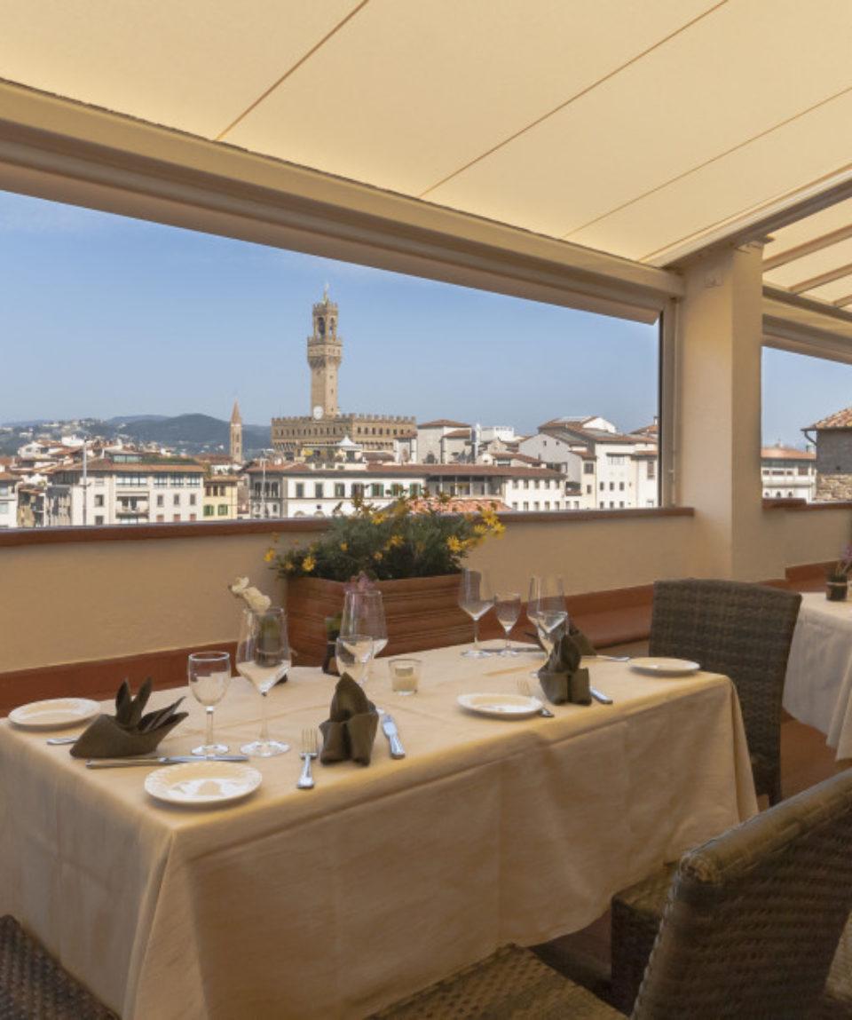 Table Ponte Vecchio 1